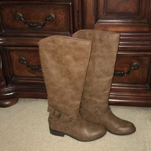 Madden Girl Corporal Boots